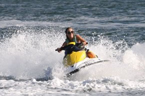 Extreme Jet ski Hire - Accommodation in Surfers Paradise