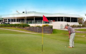 cluBarham Golf Resort - Accommodation in Surfers Paradise